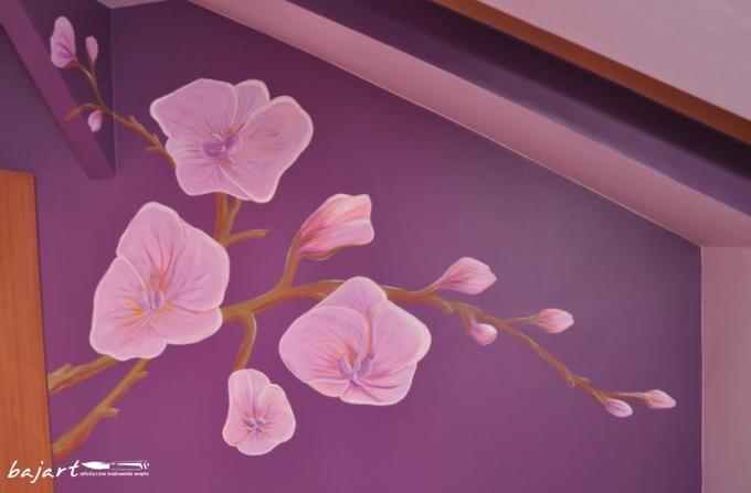 storczyki malowane na ścianie