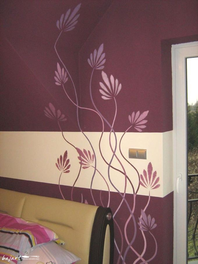 ornament kwiatowy w sypialni