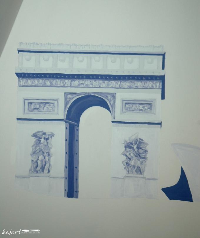 łuk triumfalny na ścianie