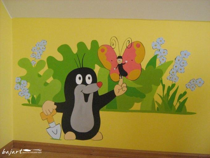 krecik malowany na ścianie