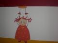 Malowana laleczka na linii