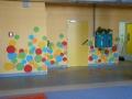 kolorowa dekoracja ściany