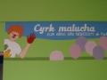 Cyrk malucha -logo malowane na ścianie